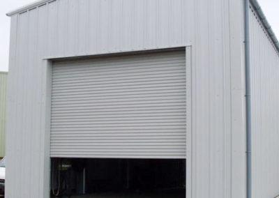 Vehicle repair building